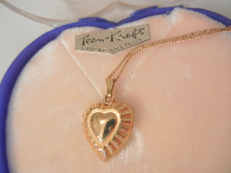 Rare marathon gold filled engrave heart Locket Necklace in Heart box