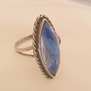 Lovely vintage sterling London blue color glass ring size 5