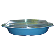 Pyrex 1 QT. Divided Casserole w/Lid in Fired on Blue