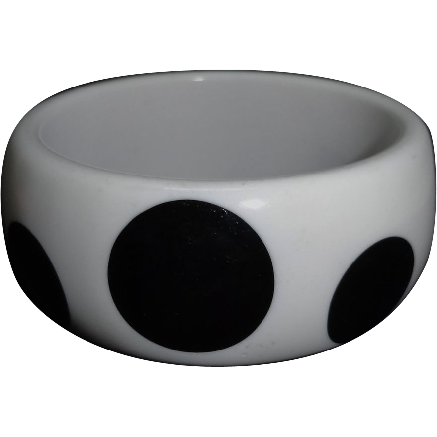 Vintage Wide White and Black Polka Dot Lucite Bangle Bracelet