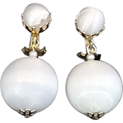 Vintage Summer White Ball Drop/Dangle Earrings