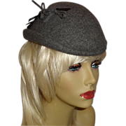 Vintage 1940's Gray Glenover Wool Hat with Feather Accent by Henry Pollak New York
