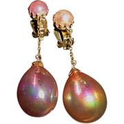 Vintage  Iridescent Pink Dangle Drop Clip Earrings