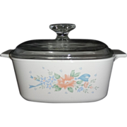 Corning Ware 1 1/2 Quart Covered Saucepan in the Symphony Pattern