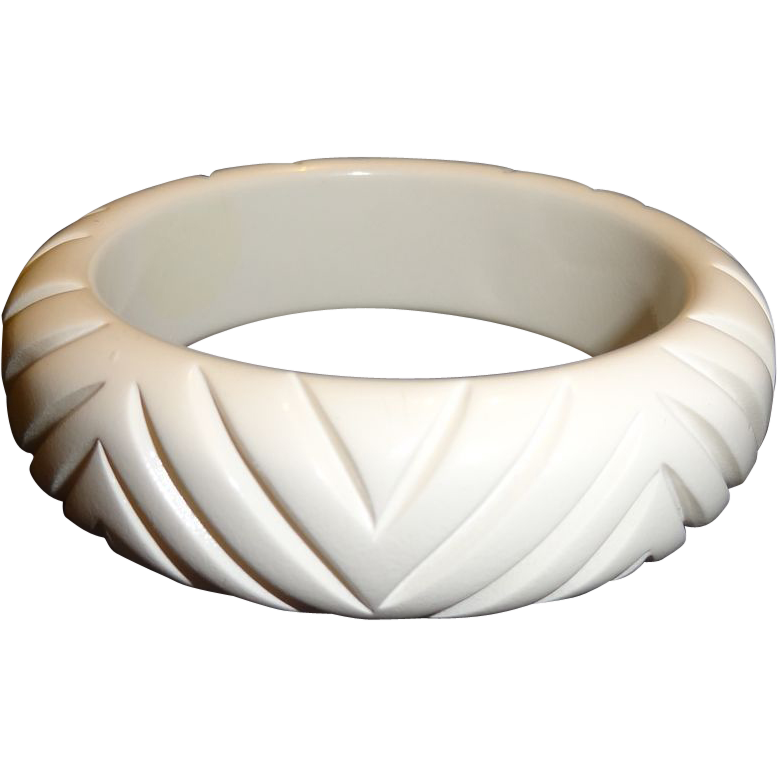 Vintage Carved White Resin Bangle Bracelet