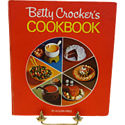 "Betty Crocker's ""Pie Cover"" Cookbook (5- Ring Binder)"