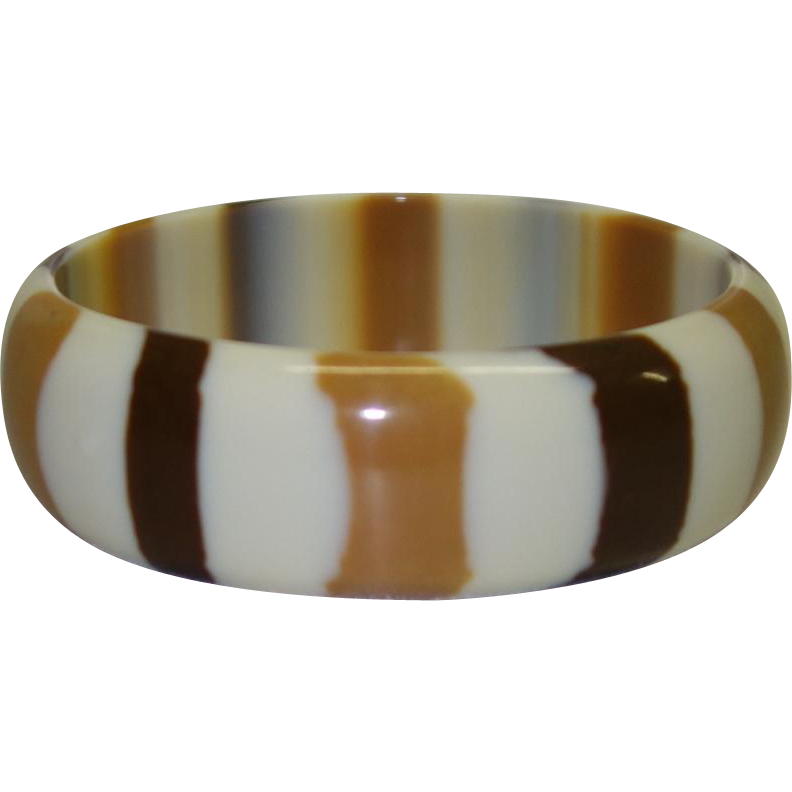Vintage Tan and Brown Striped Cased Lucite Bangle Bracelet