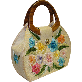 Large Structured Whidby Straw Purse with Wooden Handles