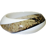 Vintage White and Clear Lucite Bracelet with Embedded Gold Leaf Flakes