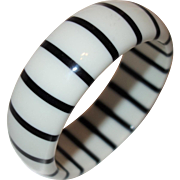 Vintage Black and White Striped Lucite Bangle Bracelet