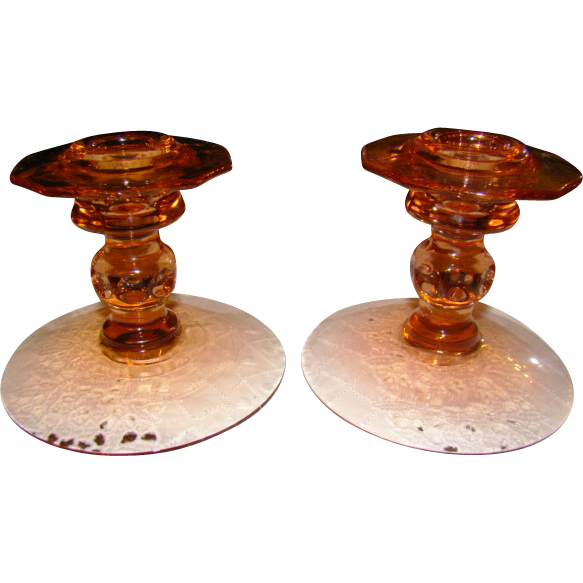 Cambridge Martha Washington Peach Blo Candle Holders