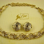 Coro Pegasus Necklace & Earrings Mint in Original Box