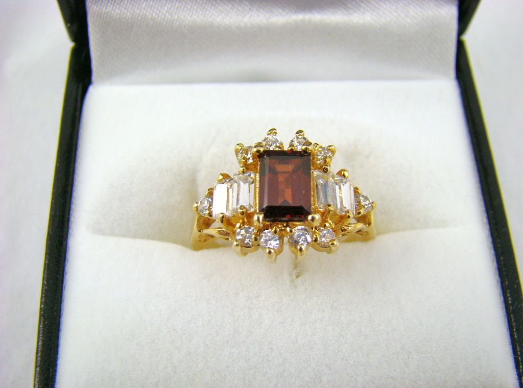 Root Beer and Clear Rhinestone Cocktail Ring ~ Size 6