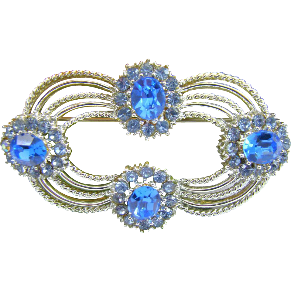 Pristine 1938 Coro Craft Pegasus Blue Rhinestone Brooch