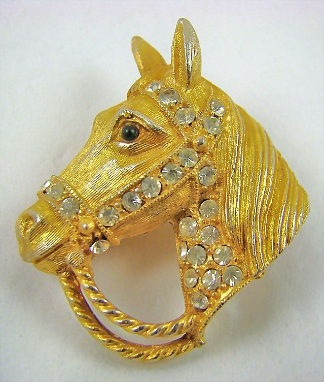Gold Tone Horse Head Brooch with Sparkling Chatons