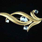 Stunning Trifari  Brooch with Clear Glass Cabochons