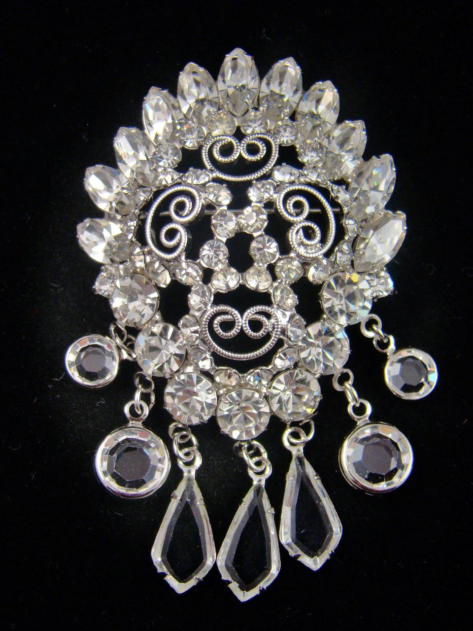 Stunning Convex Bridal Clear Rhinestone Drop Brooch