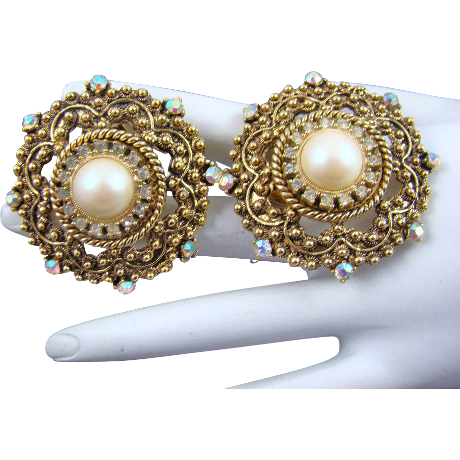 Stunning Victorian Inspired Richelieu Imitation Pearl and Clear Chaton Earrings