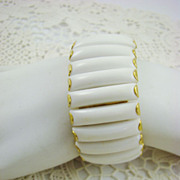 Summer White Expansion Bracelet ~ Hong Kong