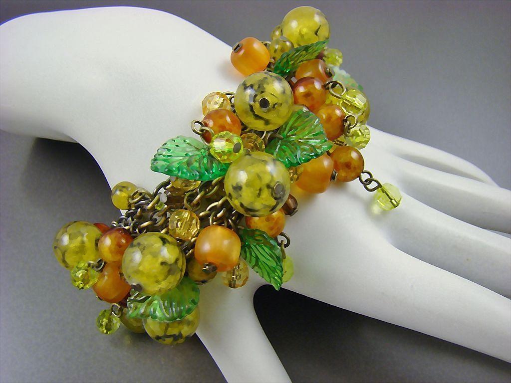 Stunning Carmen Miranda Style Art Glass Fruit Salad Cha Cha Bracelet