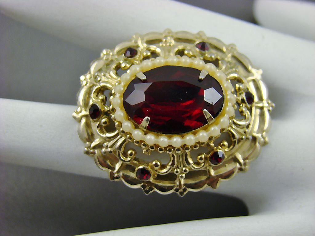 Coro Pegasus Adolf Katz Design Ruby Red Rhinestone Brooch