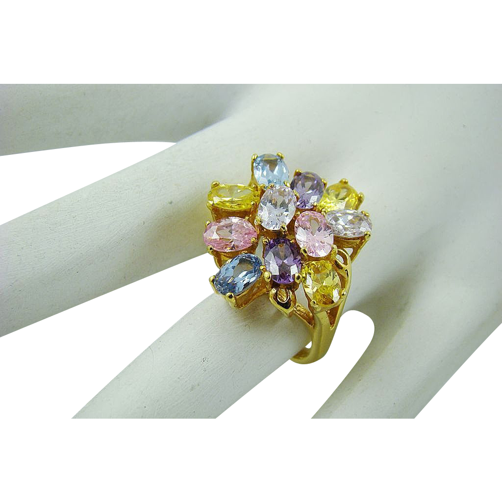 Pretty Pastel Oval Rhinestone Dinner Ring ~ Size 6