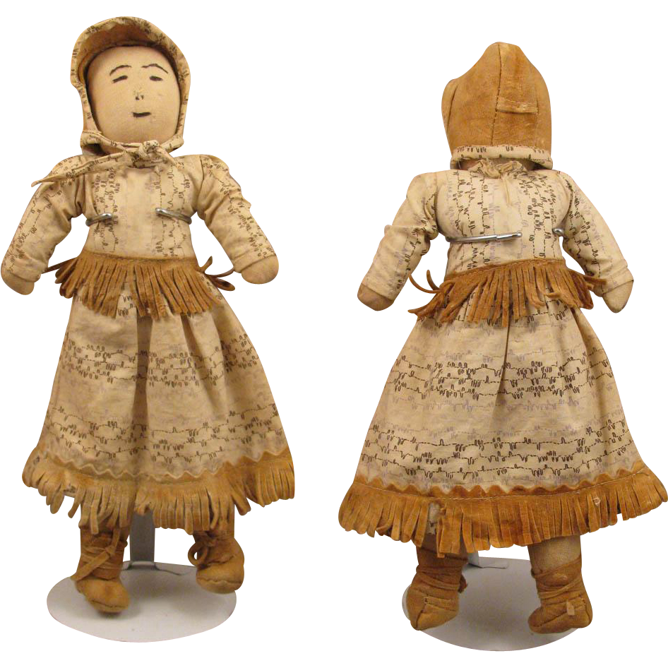 13 inch Home Made Cloth American Indian Doll Early 1900s