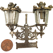 1930s Piccadilly Street Lamp Brooch