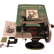 1910 Singer 20 Toy Sewing Machine