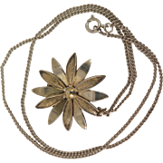 Vintage Sterling Silver Daisy Flower Necklace