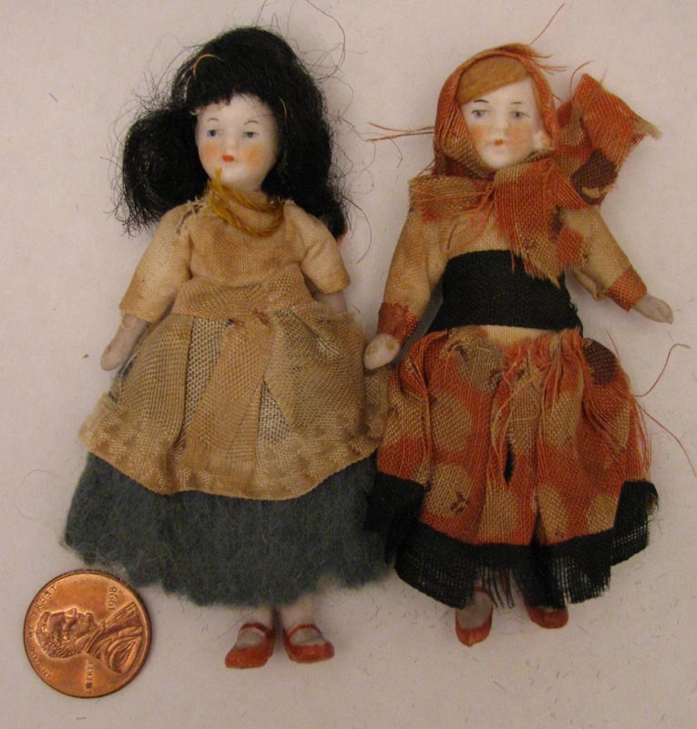 Pair of 3.5 inch German Jointed All Bisque Doll in Regional Costumes