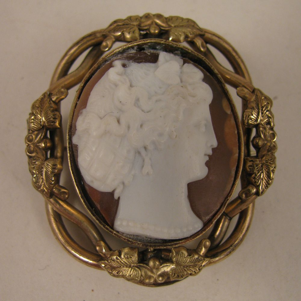 Victorian Carved Shell Cameo Swivel Brooch of Lady with Snood