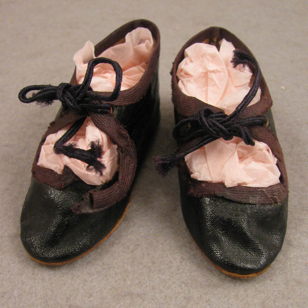 Pair Antique German Brown Oilcloth Doll Shoes 3""