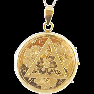 Antique 18 Karat Gold  Engraved Tirangle and Flowers LOCKET PENDANT