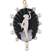 Superb 14 Kt Gold Large Carved SARDONYX APHRODITE SHELL  with Diamonds Pendant and Pin Back