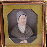 Antique AMERICAN QUAKER WOMAN Pennsylvania Folk Art Miniature Portrait on Case