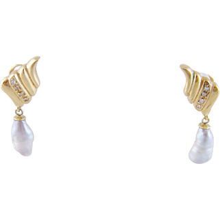 Modern 14 Karat Gold with  DIAMONDS WINGS  and Baroque Pearls  EARRINGS