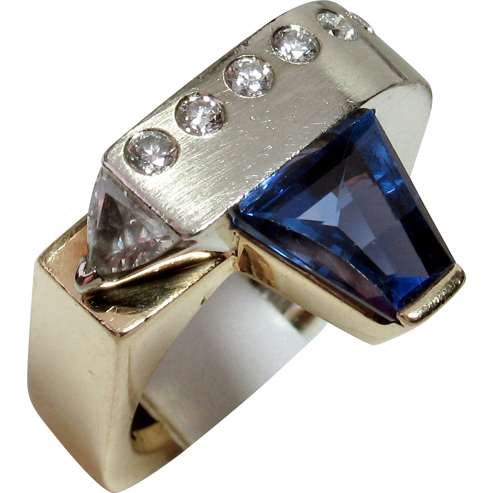 CHRISTMAS CLEAROUT SALE! Save 55%! Vintage One-of-a-Kind Designer 14kt Tanzanite & Diamond Ring