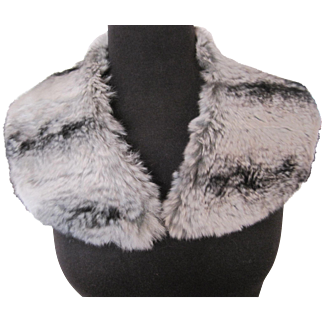 Vintage black white and gray fur collar
