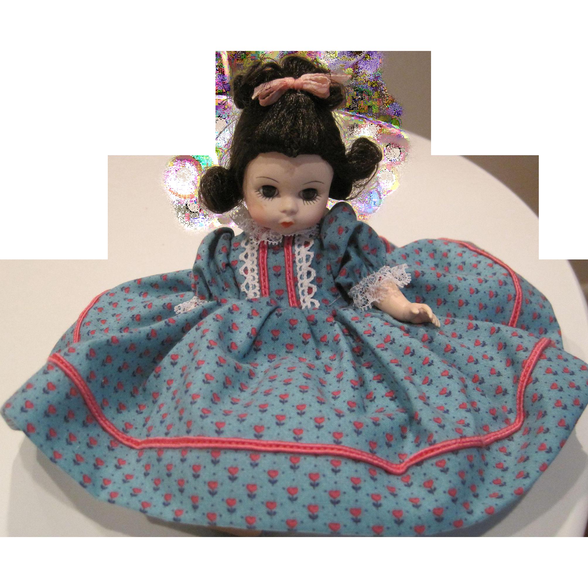Vintage Madam Alexander Beth 412 from Little Women Series
