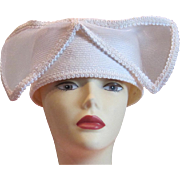 SALE 50% Vintage white bridal or cocktail hat