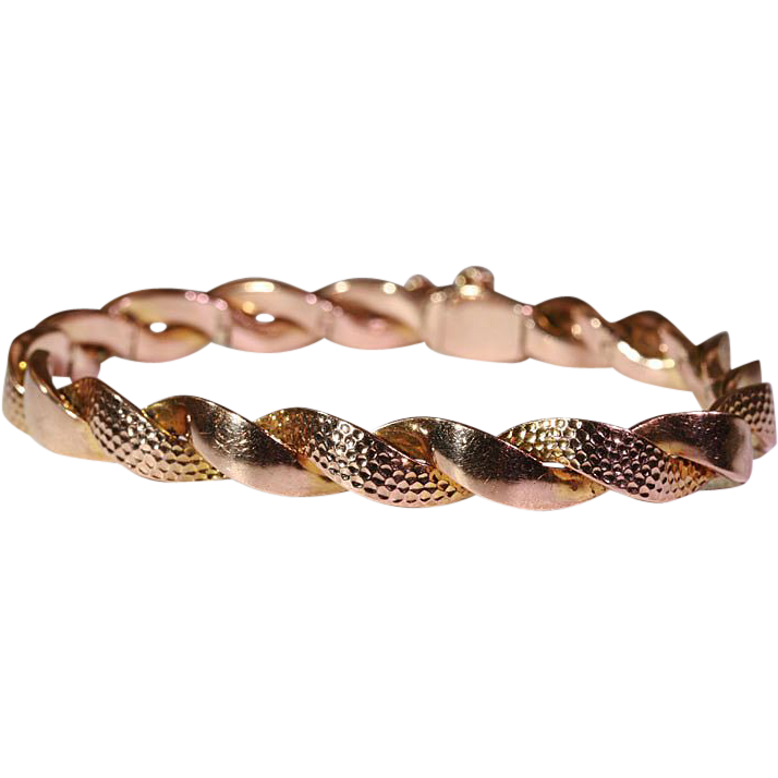 Antique Pink Gold Arts and Crafts Hammered Bracelet, 9k c. 1900