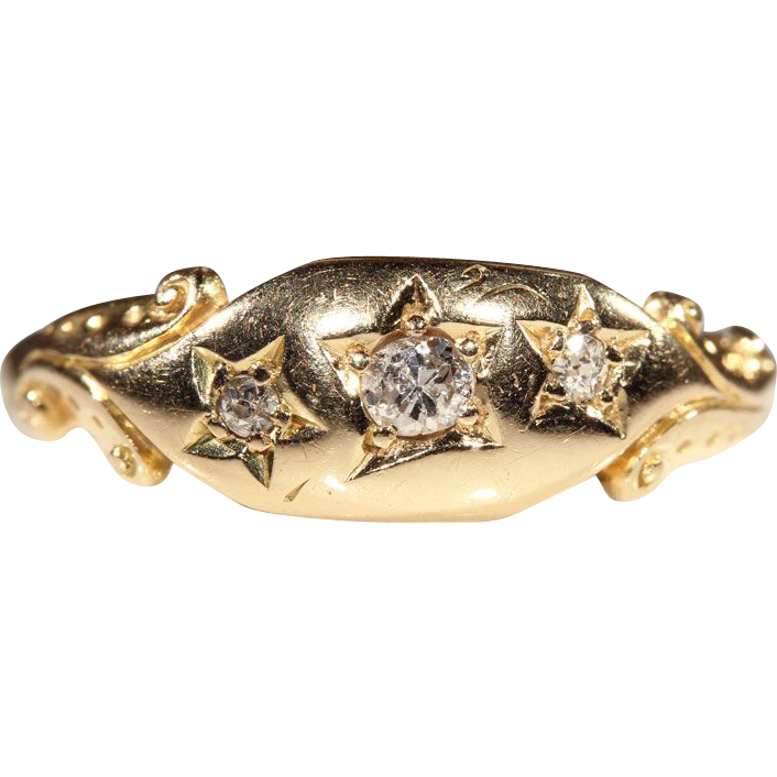 Edwardian 3 Stone Diamond Ring in 18k Gold