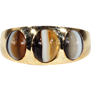 Antique Victorian Three Stone Banded Agate Gypsy Set Ring in 18k Gold