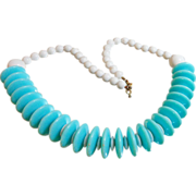 Vintage Mod Turquoise Blue Necklace. Atomic Age. Aqua and White Lucite Beads.