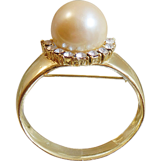 Vintage Giant Pearl Rhinestone Engagement Ring Brooch. Gold Tone. Clear Crystal Rhinestones Faux Pearl Ring Pin.