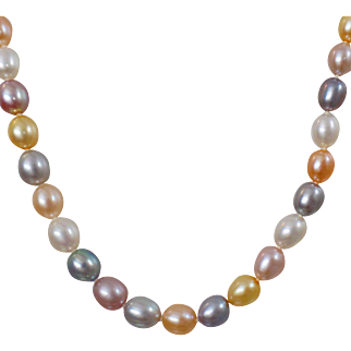 Vintage Multi Color Freshwater Pearl Necklace. Sterling Silver Clasp. Pink, White, Yellow, Gray, Purple Genuine Pearls.