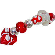 Vintage Red White Glass Holiday Bracelet. Peppermint Glass Beads. Christmas Gift. Polka Dots. Heart. Handmade Beads.