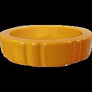 Vintage Mustard Yellow Carved Bakelite Bracelet. Goldenrod Gold Yellow Heavy Carved Bakelite Bangle.