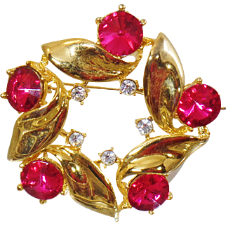 Vintage Gold and Hot Pink Rivoli Rhinestone Brooch. Large Pink Rivoli Rhinestone Pin.